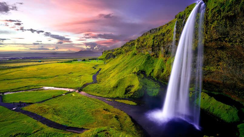 Сказочный водопад в Новой Зеландии
